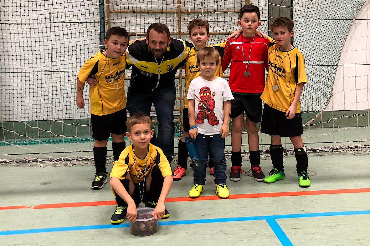 Hallenturnier Roggenburg: F-Junioren des SVB werden 2.